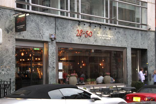 28-50-wine-bar-Blog-Esteban-Capdevila