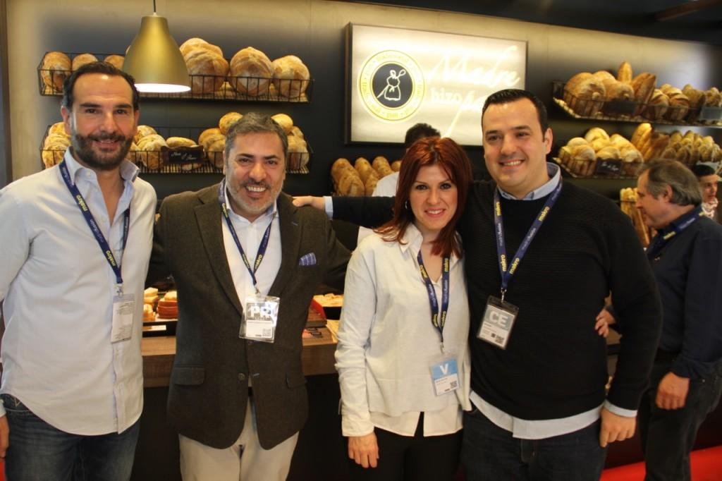 JORGE, ALBERTO, ANGELS, CHES DEL CAFÉ DEL MAR EN MADRE HIZO PAN - 1