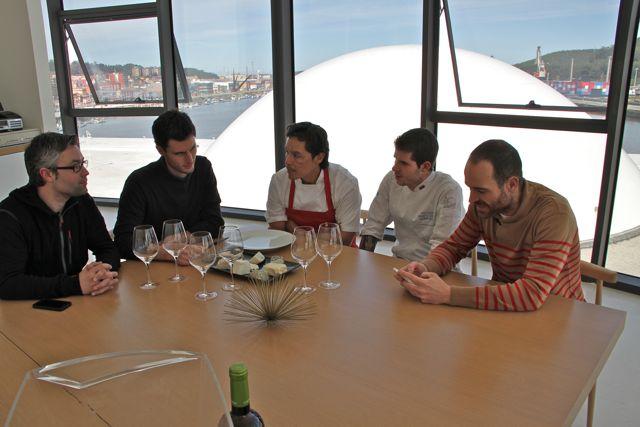 Koldo_Miranda_sus_chefs_Ruben_Valbuena_y_Aitor_Blog_Esteban_CAPDEVILA