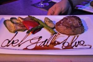 Solomillo acompañado de Verduras de la Tierra. Del Gallo Blues. Blog Esteban Capdevila