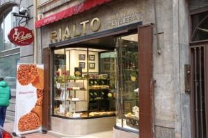 pastelería Rialto. Oviedo. Blog Esteban Capdevila