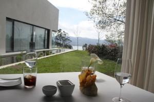 Mesa y vistas Sala Restaurante Pepe Vieira. Blog Esteban Capdevila