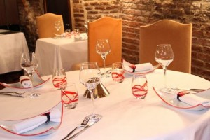 Mesa Restaurante L´Esprit du Vin de Albi. Blog Esteban Capdevila