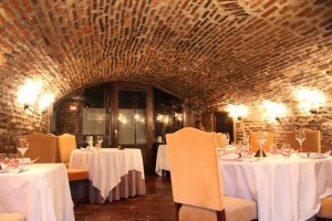 Interior sala restaurante L´Eprit du Vin. Blog Esteban Capdevila