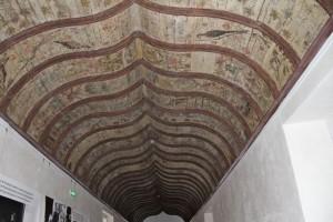 Techo policromado del Museo Toulouse-Lautrec. Blog Esteban Capdevila
