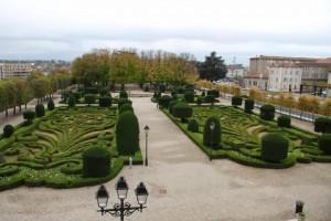 Jardines vistos desde el museo Goya en Castres. Blog Esteban Capdevila