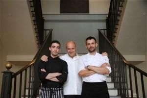 Esteban Capdevila y los chefs del restaurante Hispania de Londres. Blog Esteban Capdevila