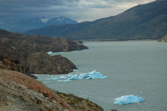 NEVEROS DEL GLACIAR GREY. BLOG ESTEBAN CAPDEVILA