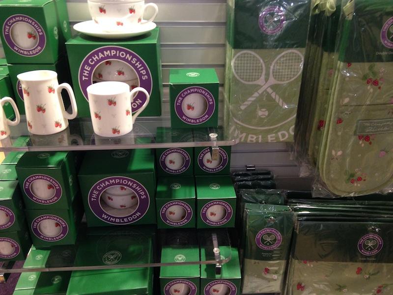 Merchandising con la tematica de las fresas