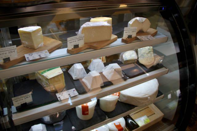 quesos cantagrulla expositor - 1