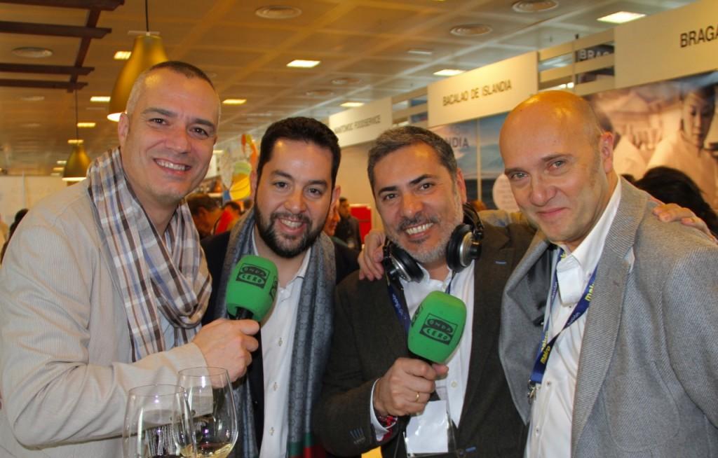 POZUELO, JULIÁN MÁRMOL, ALBERTO GRANADOS Y ESTEBAN CAPDEVILA ,STAND MADRE HIZO PAN - 1
