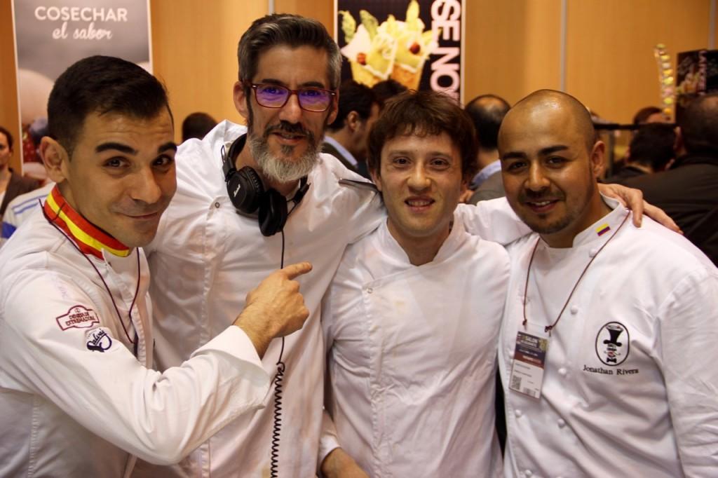 CALOS DURÁN, JULIO, EDUARDO Y JOHN - 1
