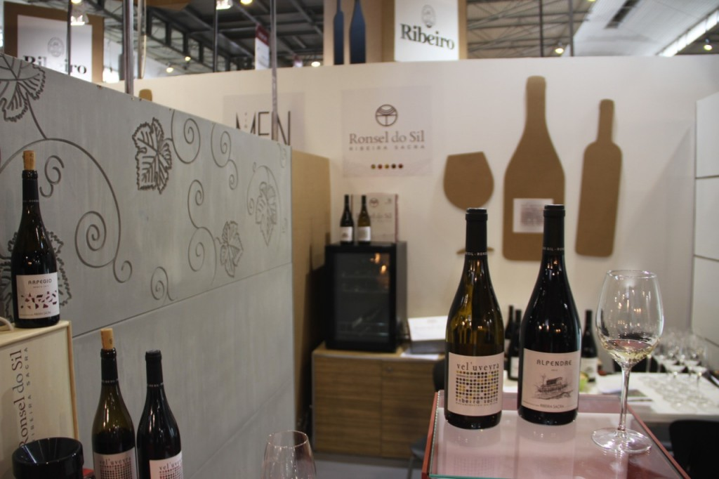 RONSEL DO SIL ALIMENTARIA STAND - 1