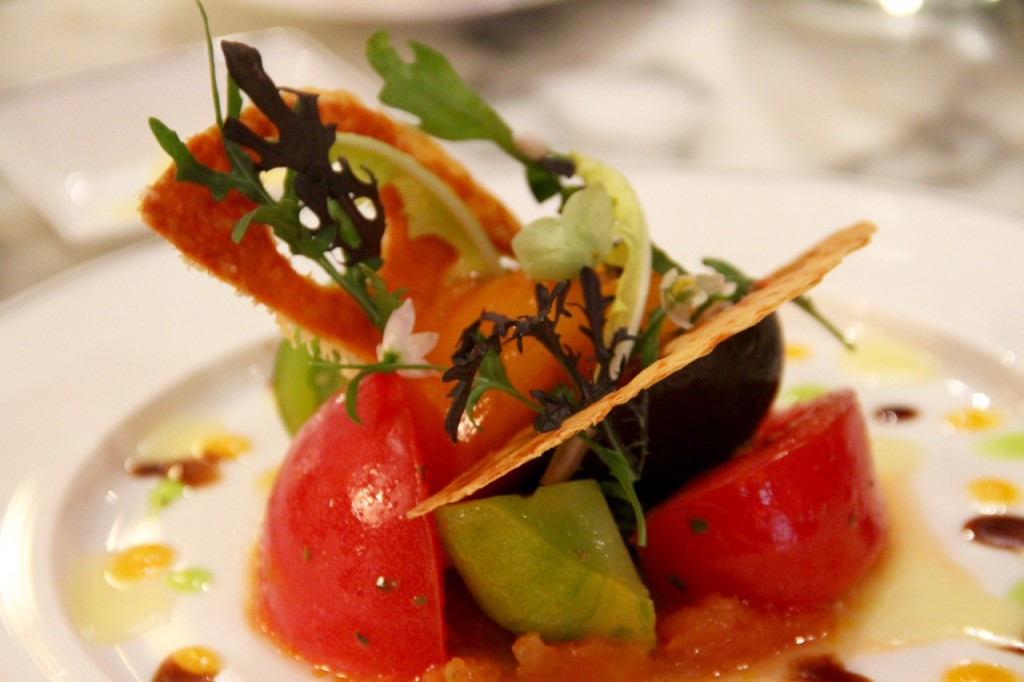 ENSALADA DE TOMATES DE THE ARTS CLUB - 1