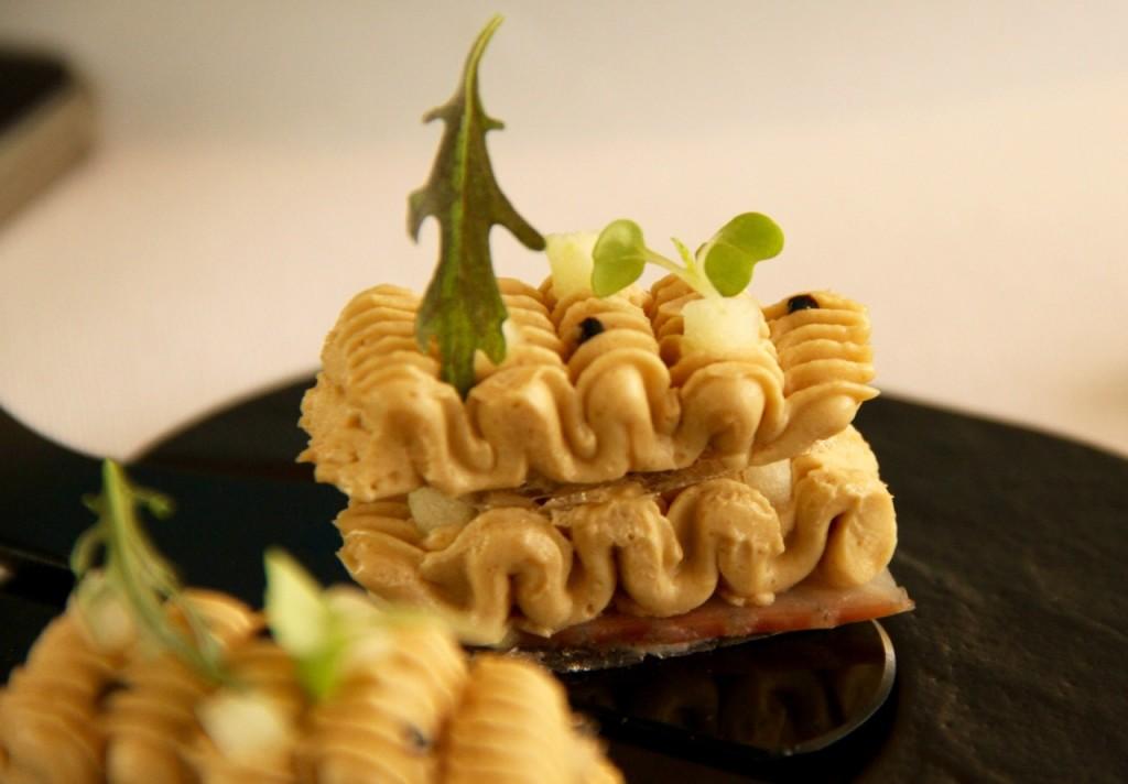 anguila, foie, manzana - 1